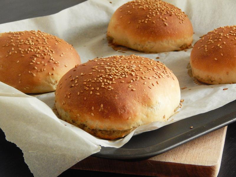 buns-a-burgers-1